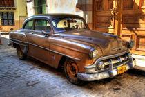 1953 Chevrolet in Havana, Cuba (1) von rene-photography