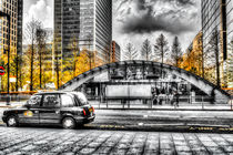 Taxi at Canary Wharf by David Pyatt