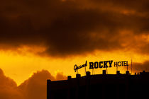 Grand Rocky Hotel von David Pinzer