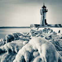 Frozen Lighthouse by David Pinzer