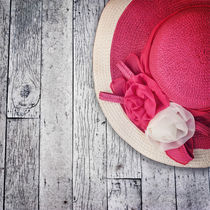 Pink summer hat by perfectlazybones