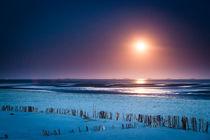 Mondaufgang am Strand von Nieblum auf Föhr von Fotos von Föhr Konstantin Articus