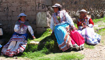 Frauen im ColcaCanyon by reisemonster