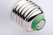 Fassung-einer-gluehlampe-edission-gewinde-mg-0026