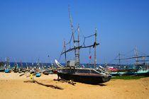 Katamaran der Fischer am Strand von ann-foto