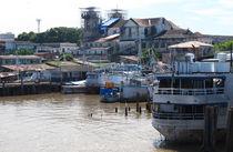 Hafenszene am Amazonas von reisemonster