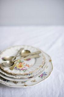 porcelain plates by Sylwia Kotlarz
