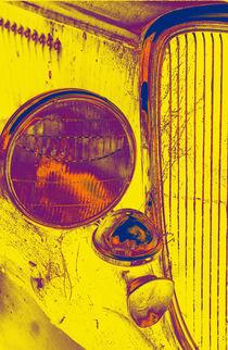 Car-pescadero-headlight