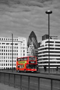 The No 43 to London Bridge by Malc McHugh