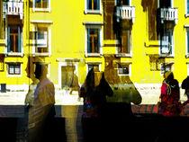 People at Venezia 1 by Gabi Hampe