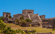 El Castillo by John Bailey