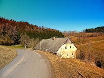 Altes verlassenes Bauernhaus am Land   Architekturfotografie von Patrick Jobst