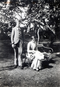 Adrian and Virginia Stephen, 1900 von Bridgeman Art