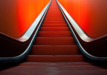 Rote Rolltreppe by Leif Christoph Gottwald