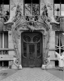 Entrance door to the apartments at 29 Avenue Rapp by Bridgeman Art