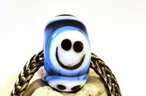 Smiley Bead by Heike Loos