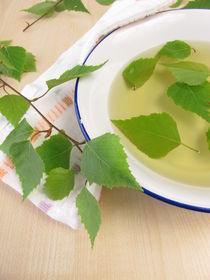 Badetee mit Birkenblättern von Heike Rau