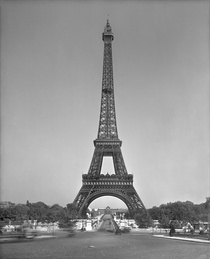 The Eiffel tower, 1887-89 von Bridgeman Art