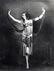 Ida Rubinstein in the role of Salome by Bridgeman Art