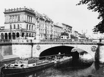 The Belle-Alliance Bridge, Berlin, c1910 von Bridgeman Art