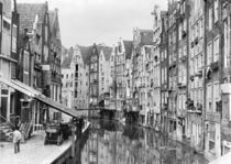 Achterburgwal, Amsterdam, early 20th century von Bridgeman Art