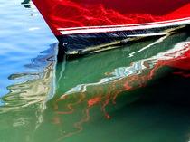 Red boat reflection von dreamcatcher-media