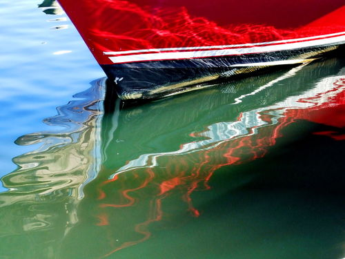 Red-boat-reflection