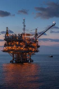 Oil-platform-9781