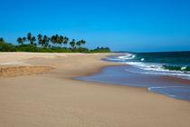 Marakolliya beach von Karen Cowled