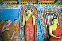 Religious statues von Karen Cowled