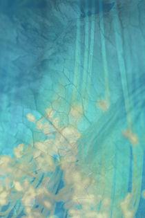 BLUISH SKIN von © Ivonne Wentzler