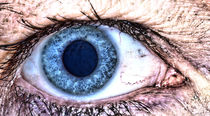 Menschliches Auge, blau by Heike Loos