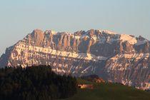 Am Fuss der Berge by Bruno Schmidiger