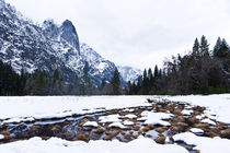Yosemite Valley And Sentinel Rock In Winter von Priya Ghose