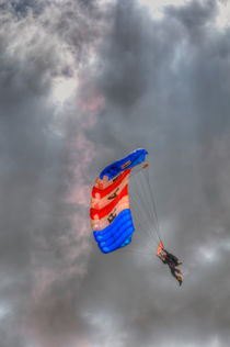 RAF Falcons Parachute Display Team von Steve H Clark Photography