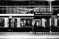 Warten by Bastian  Kienitz