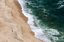 Nazaré Portugal | Alter Mann und das Meer by andreas-hendrik