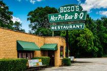 Bozo's Hot Pit Bar-B-Q by Jon Woodhams