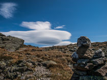 Lenticular Cloud Over Mount Washington II von Jim DeLillo