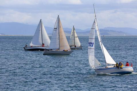 Sailboats-racing0481