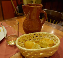 A Loaf of Bread and a Jug of Wine von Louise Heusinkveld