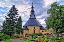 Kirche in Seiffen (Erzgebirge) by Helmut Schneller