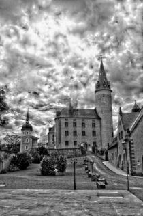 Schloss Purschenstein (Monochrom) by Helmut Schneller
