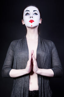 woman in  theatrical mime make-up von Igor Korionov