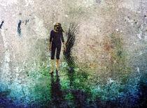 barefoot walking von ursfoto