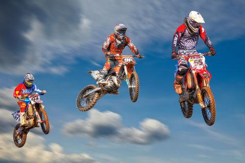 20120520-jumping