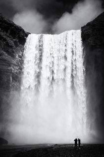 Skogafoss Wasserfall Island Iceland by Matthias Hauser