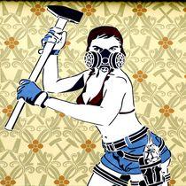 berlin street art - working class woman 3 von mateart