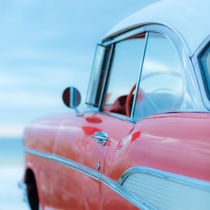 57 Chevy at the Beach by Edward  Fielding