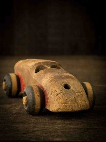 Old Wooden Toy Car von Edward  Fielding